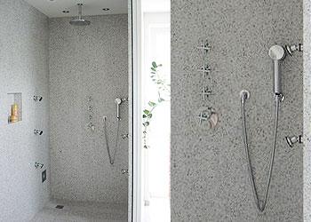 platte duschwand raum und m beldesign inspiration. Black Bedroom Furniture Sets. Home Design Ideas